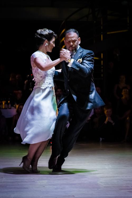 Josefína and Fabián in a dynamic dance position.